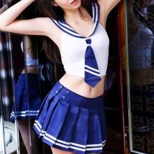 爱赞 经典清纯蓝白运动学生制服套装
