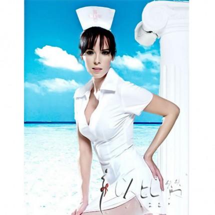 以比赞 梦幻天使护士装