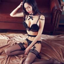 性感贝壳文胸蕾丝透明三点式吊袜带套装
